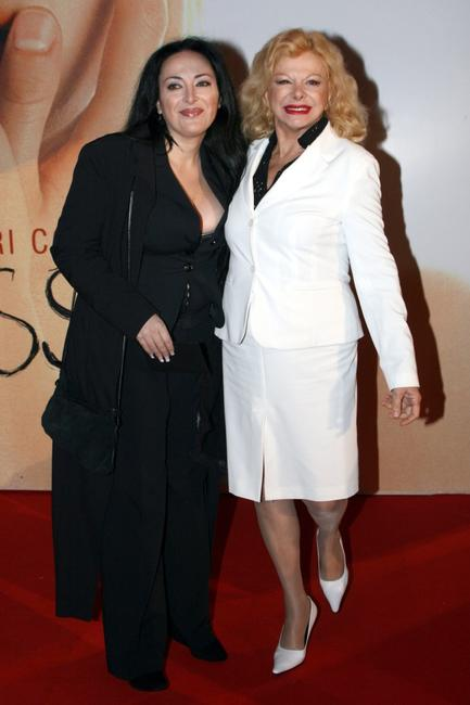Sandra Milo and her daughter at the Italian premiere of