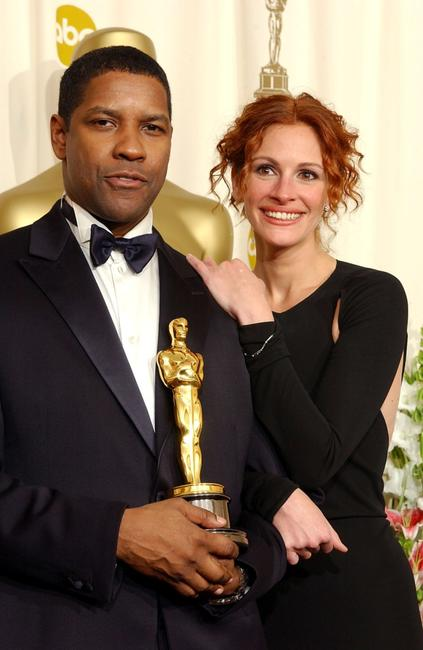 Denzel Washington and Julia Roberts at the 74th Annual Academy Awards.