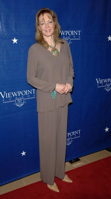 Jean Smart at the gala fundraiser for the Viewpoint School hosted by Brad Garrett and Ray Romano.