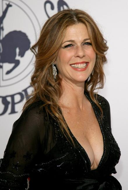 Rita Wilson at the 17th Mercedes-Benz Carousel of Hope Ball.