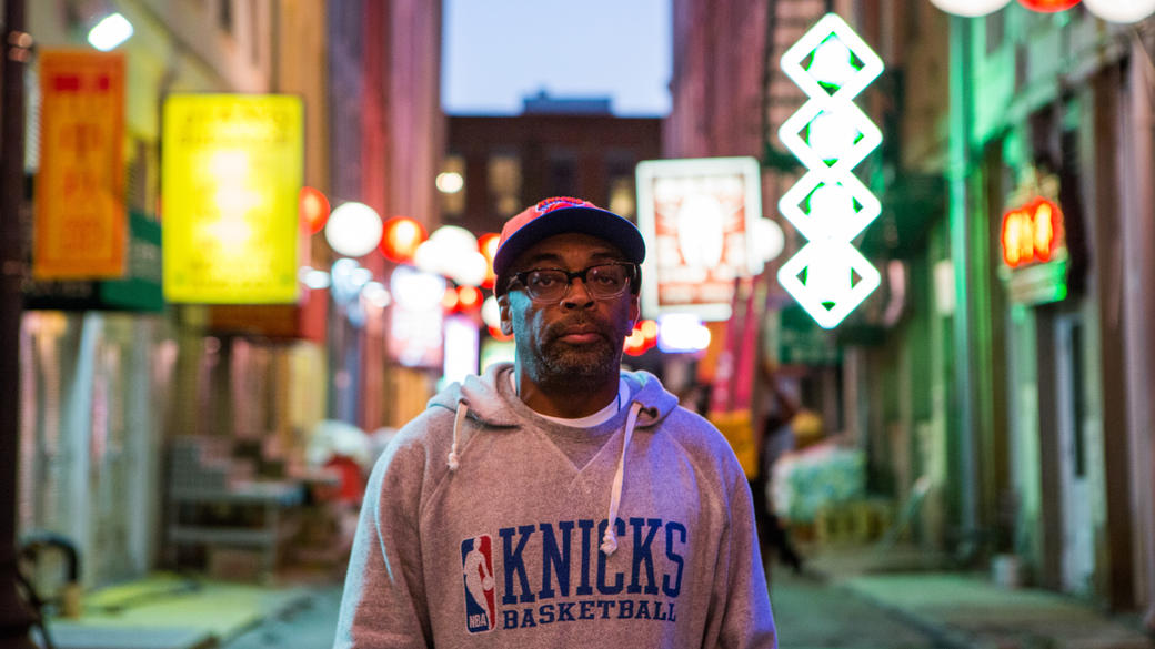 Director Spike Lee on the set of