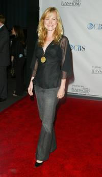 Jennifer Irwin at the Everybody Loves Raymond Series Wrap Party.