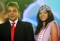 Sanjay Dutt and Jimmy Nanda at the Gladrags Mrs India 2007 Beauty Pageant.