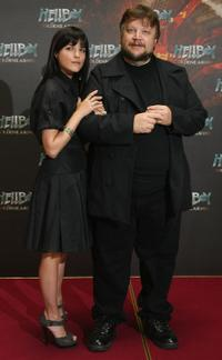 Selma Blair and Guillermo del Toro at the world photocall of