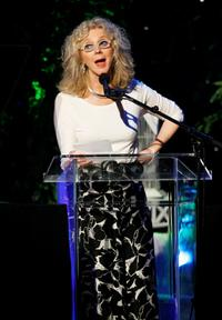 Blythe Danner at the Women In Film 2007 Crystal And Lucy Awards.