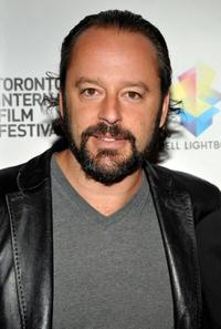 Gil Bellows at the premiere of