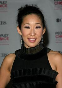 Sandra Oh at the 33rd Annual People's Choice Awards.