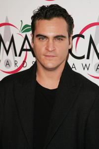 Joaquin Phoenix at the 39th Annual Country Music Association Awards in N.Y.