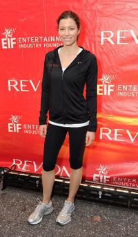 Jessica Biel at the 13th Annual Entertainment Industry Foundation Revlon Run/Walk For Women.