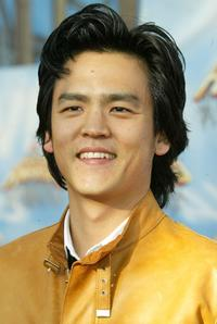 John Cho at the 2005 MTV Movie Awards.
