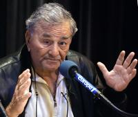 Peter Falk at the at Europe 1 private radio for the release of his book