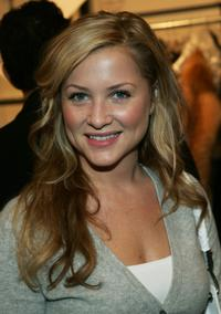Jessica Capshaw at the Michael Kors Fall 2005 fashion show during the Olympus Fashion week.