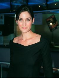 Carrie Anne Moss at the premiere of