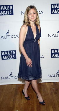 Julia Stiles at the roast of Fisher Stevens Benefiting Naked Angels.