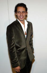 Marc Anthony at the Marc Jacobs Spring 2005 fashion show in N.Y.