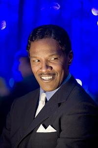 Jamie Foxx as Curtis in