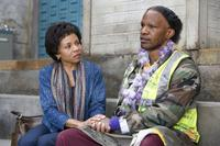 Lisa Gay Hamilton as Jennifer Ayers-Moore and Jamie Foxx as Nathaniel Ayers in