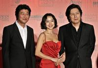 Song Kang-ho, Jeon Do-yeon and director Lee Chang-dong at the Asian Film Awards 2008.