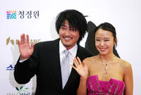 Song Gang-Ho and Jeon Do-yeon at the 28th Blue Dragon Film Awards in Seoul.