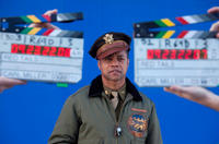 Cuba Gooding Jr.on the set of