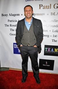 Rizwan Manji at the 10th Annual Academy Awards Celebration After Party.