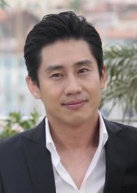 Shin Ha-kyun at the photocall of