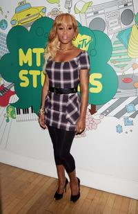 Eve at the MTV's Total Request Live.