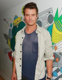Josh Duhamel at the MTV's Total Request Live.