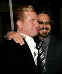Val Kilmer and Robert Downey Jr.at the premiere of