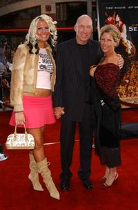 Ed Lauter and his family at the world premiere of
