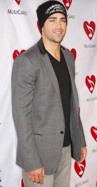 Jesse Metcalfe at the 4th Annual MusiCares Benefit Concert.