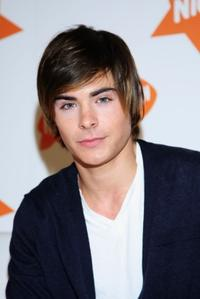 Zac Efron at the Nickelodeon Australian Kids' Choice Awards 2007.