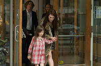 Onata Aprile as Maisie and Julianne Moore as Susanna in