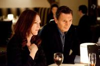 Julianne Moore as Catherine Stewart and Liam Neeson as David Stewart in