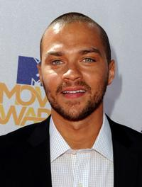 Jesse Williams at the 2010 MTV Movie Awards.