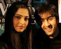 Sonam Kapoor and Ranbir Kapoor at the press conference of