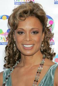 Valarie Pettiford at the weSPARKLE Take V