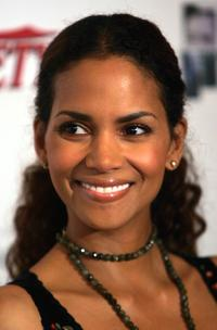 Halle Berry at the the Producers Guild Of America Presents 2006 Celebration of Diversity.