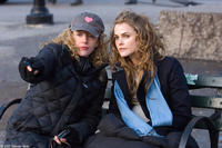 Director Kirsten Sheridan and Keri Russell on the set of