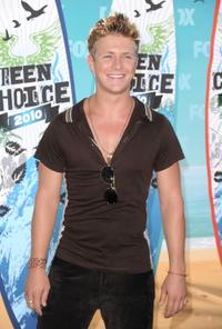 Charlie Bewley at the 2010 Teen Choice Awards.