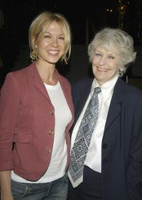 Elaine Stritch and Jenna Elfman at the LA premiere of