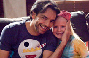 How Funnyman Eugenio Derbez Twitter-casted 'Instructions Not Included'