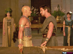 News Bites: Watch the First Trailer for 'Exodus: Gods and Kings,' 'Star Wars: Episode VII' photo reveal