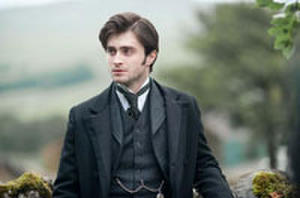 Trailer Watch: Roland Emmerich Destroys Shakespeare, Daniel Radcliffe Meets 'The Woman in Black' and Chris Evans Gets Punctured