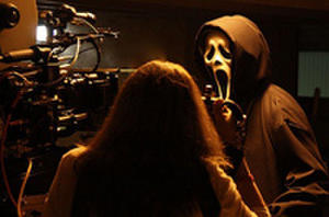 'Scream 4' Image: Ghostface is Back, But Is He Still Scary?
