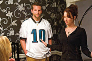 Exclusive Fandango Live Q&A with the Oscar-Nominated Cast of 'Silver Linings Playbook' on Fri., 01/11, at 9 PM ET/6 PM PT