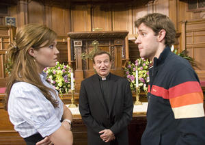 "Mandy Moore, Robin Williams, and John Krasinski star in ""License to Wed."""