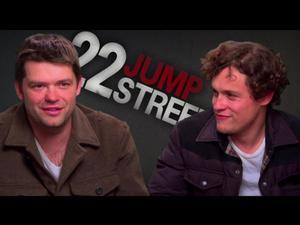 22 Jump Street: Captain Dickson (Featurette)