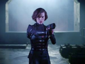 Resident Evil: Retribution: Final Battle/Safe (Tv Spot)