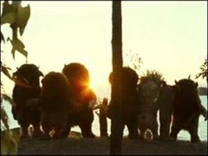 Where The Wild Things Are: Maurice And Spike (Featurette)